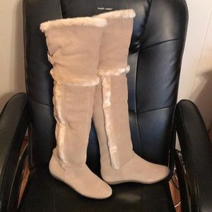 NWOT Suede and Sherpa above knee boots